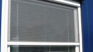 Sieťka rolovacia okenná